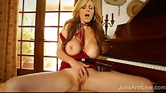Amazing MILF Julia Ann Masturbates On a Piano.. and Plays It?!?