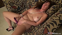 USAwives Hot Milfs Toying Their Wet Pussies Alone
