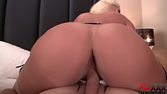 getting to fuck busty Alura Jenson is a privilege