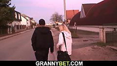 Old granny picked up for hot sex