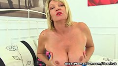 English gilf Amy loves sharing her generous body