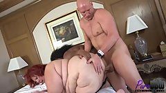 SSBBW babes Sweet Cheeks & Teanna Tiffany share a cock