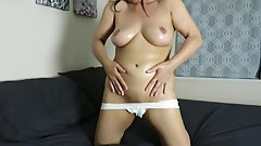 Pulpy Betty Sexy Milf gives herself a sensual body massage with oil