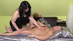 Stepmom and her girlfriens make blowjob and massage