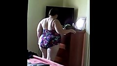 Fat Chrissy gets ready for go to the pool in Florida